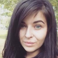 Лариса Фролова
